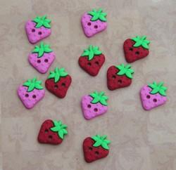 buttonsewcutestrawberry.JPG