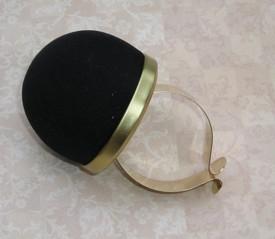 Bohin 75590 Black  Pincushion Bracelet