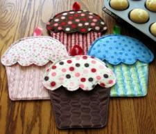 cupcakemitts.jpg